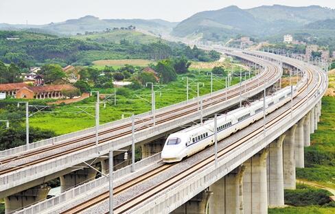 川内高铁新枢纽 自贡游客有望井喷式增长