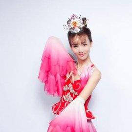 花样姐姐成员_演员金晨登陆《花样姐姐2》 希望能留下美好的记忆