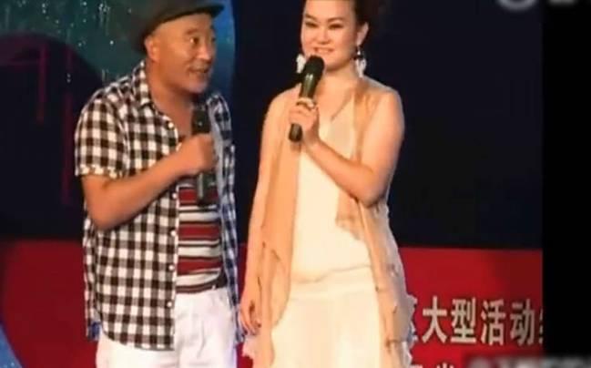 资讯中心 娱乐百科         刘小光妻子陈静.