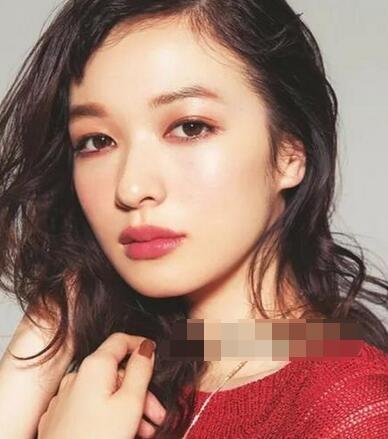 林依晨微醺妆出镜美出新高度 同款妆容get教程