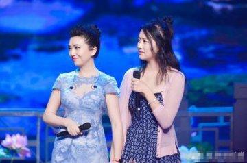 江珊携爱女现身 母女二人同框画面看起来毫无年龄差