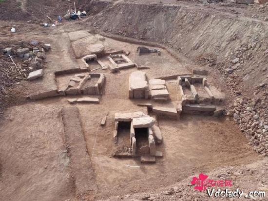 重庆发现25座古墓 具有很高的考古价值