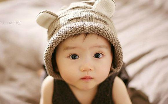 宝宝脸上有白点或是这三种情况 赶紧来了解下图片