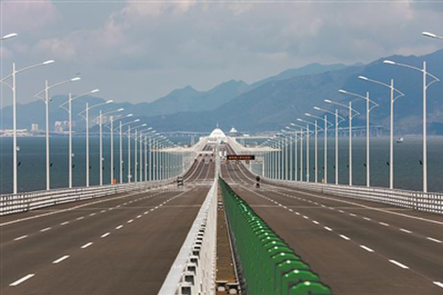 港珠澳大桥桥面