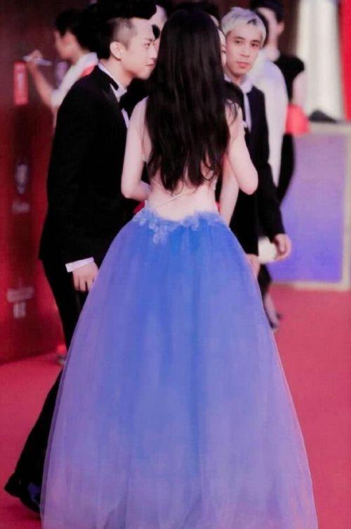 劉亦菲的背怎么了?劉亦菲的背組圖曝光令人驚艷:仙女連后背都很仙