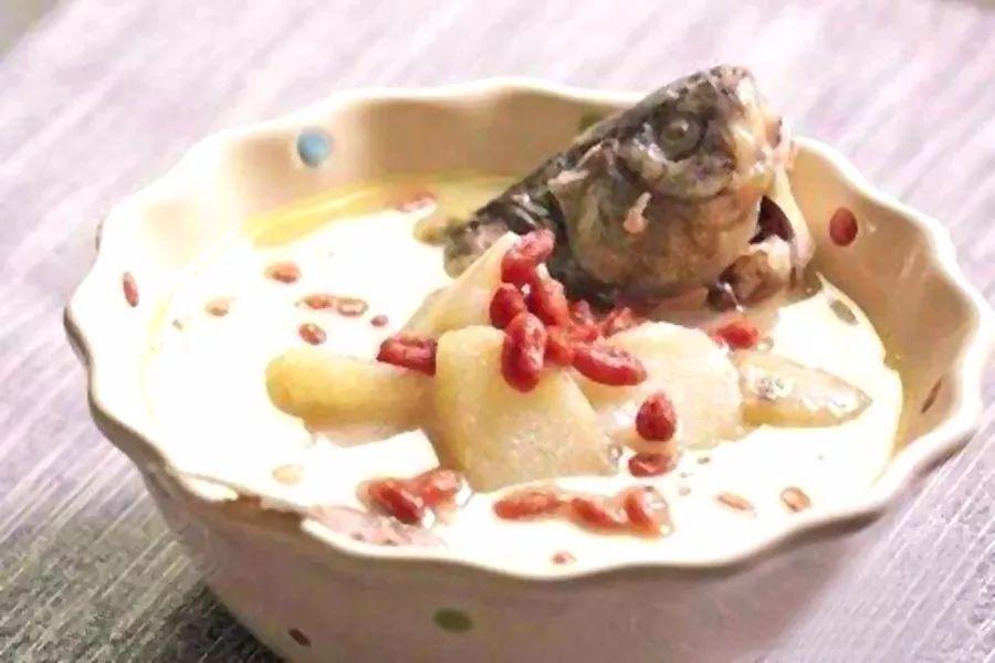 立秋饮食养生有讲究:润燥养阴宜平补 细嚼慢咽补充纤维素
