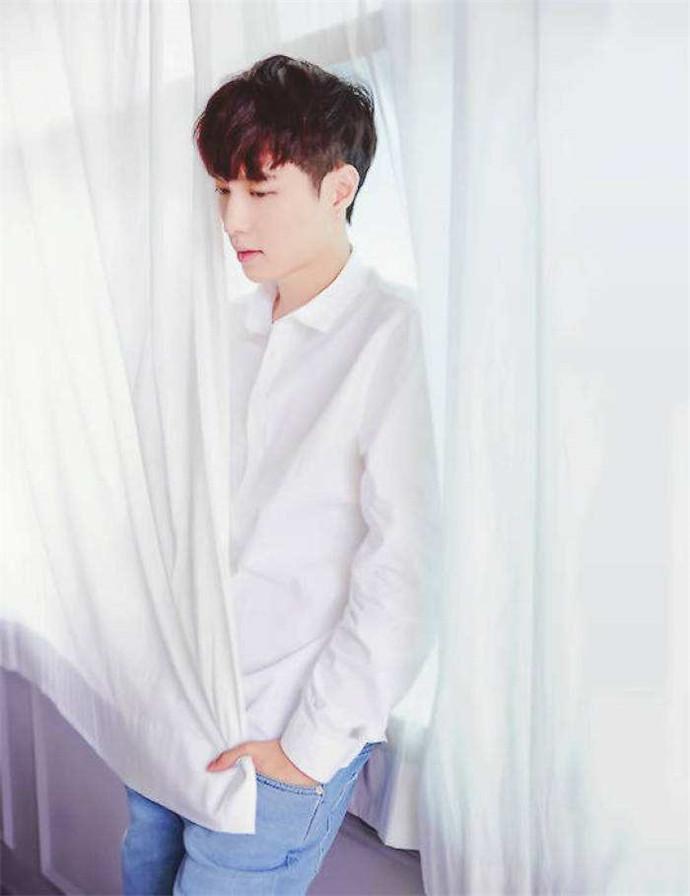 张艺兴为甚么不解约EXO 想要给其他演习生一个欲望