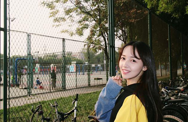 吴亦凡女友身份曝光与吴磊是北电同学 还是网红的回眸妹妹