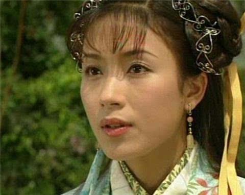 40岁杨怡宣布怀孕 老公罗仲谦获知后    反应是不敢相信
