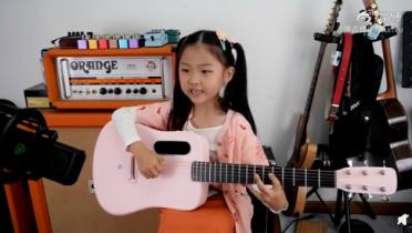 社会资讯_6岁女孩吉他弹唱Mojito 这声音甜到我双腿发软!|6岁|女孩-社会 ...